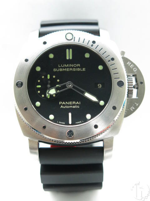 Luminor Panerai Submersible 1950 3 Days Titanium Pam 305 Clone P9000 Movement