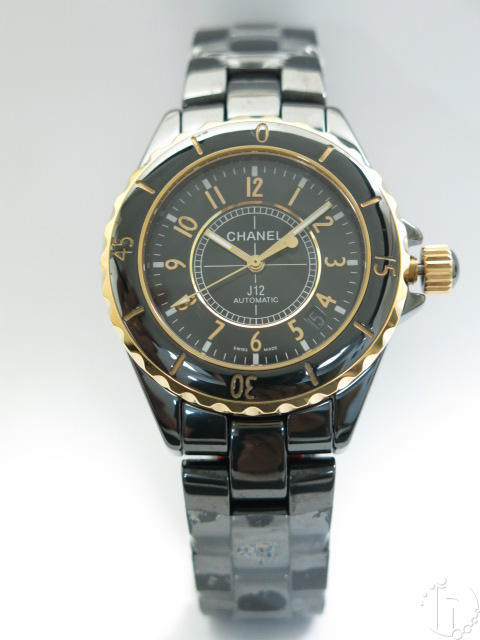 Chanel J12 Two Tone Genuine Ceramic Swiss Eta 2836 Automatic Movement Top Model