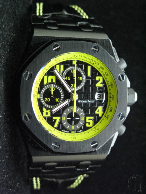 AP 7750 BUMBLE BEE Ltd Edition-Seconds at 12