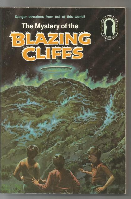 The Mystery of the Blazing Cliffs #32 (3 Investigators), Mary V. Carey